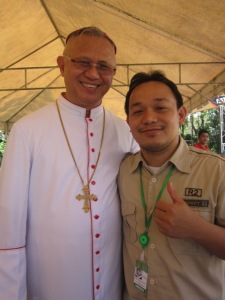 Na-corner ko si Archbishop for the Radio Interview! Thank you po!