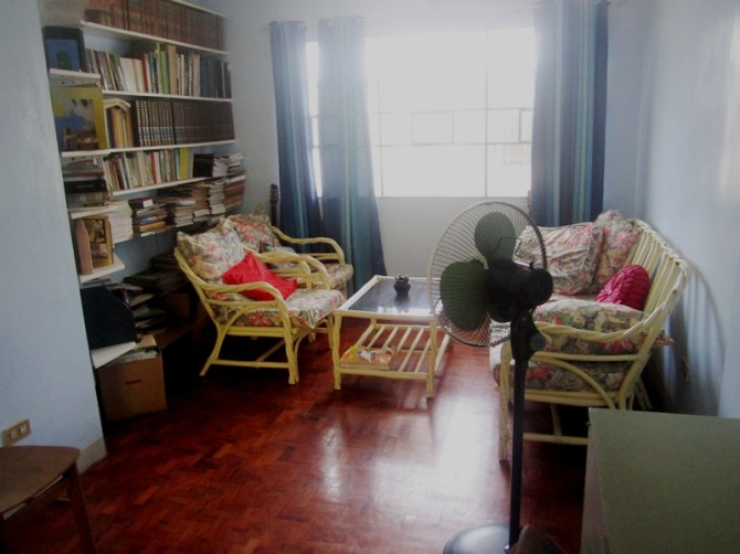 Verbum mini-library and reading area