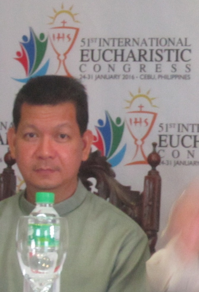 Msgr. Dennis Villarojo