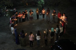 Peace Advocates form a solidarity circle for their concluding activity 'candle-lighting for peace