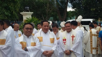 Some of the concelebrating priests