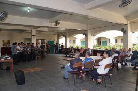 CKMS Seminarians Serenade our Elder Confreres
