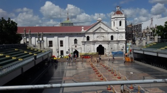 The Basilica is open to all pilgrims 24 hours during the novenario days.
